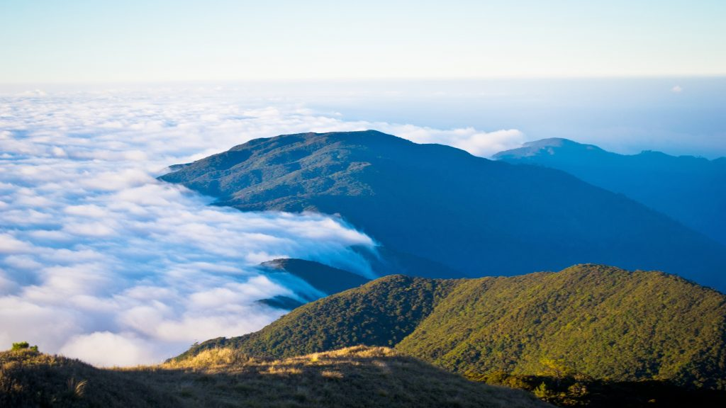 Hiking Mt Pulang