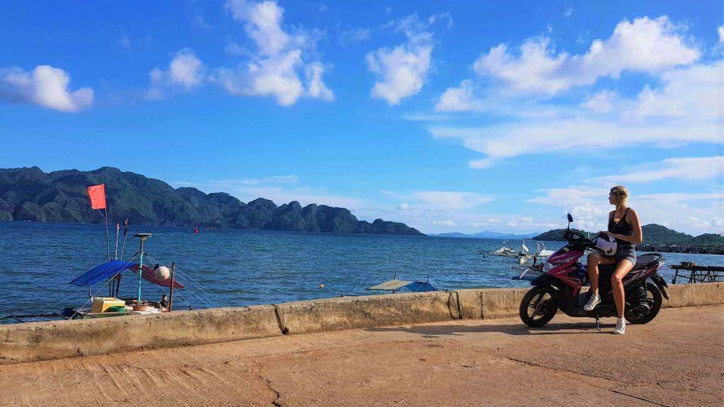 Rent a bike in Coron