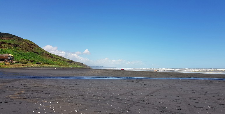 Best beach near Auckland