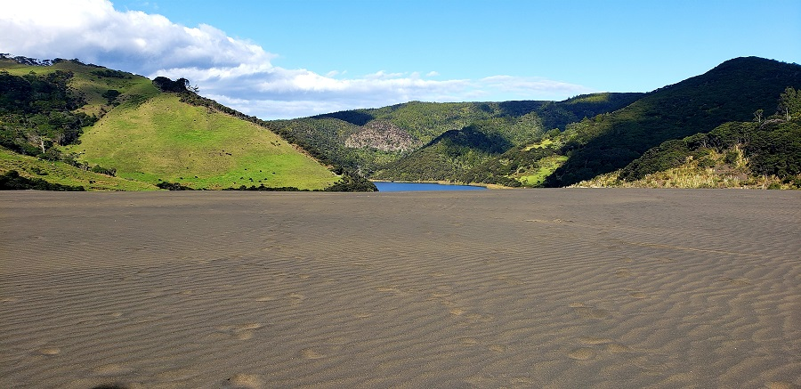 Lake Wainamu in Waitakere ranges