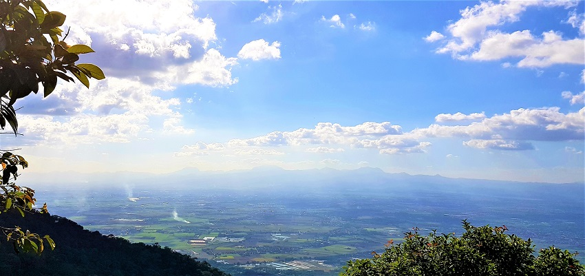 White Rock lookout at Mt Arayat