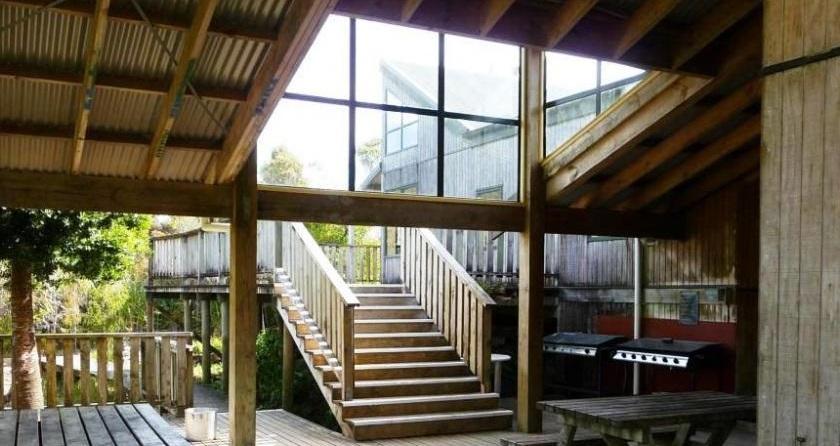 Forest accommodation in Coromandel, New Zealand