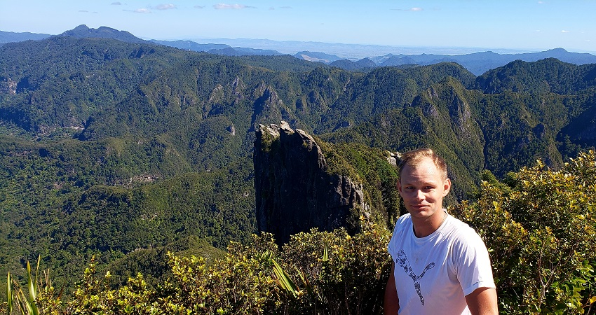 Hiking The Pinnacles in Coromandel Forest Park